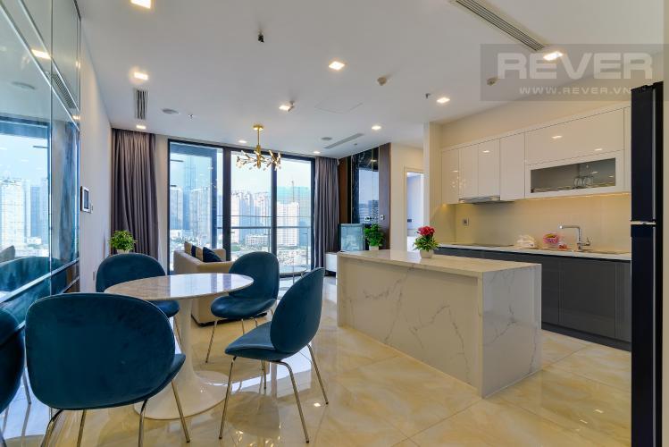 Phòng Khách Bán hoặc cho thuê căn hộ Vinhomes Golden River 2PN tầng trung, đầy đủ nội thất, view sông Sài Gòn và Landmark 81