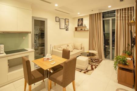 Cho thuê căn hộ Vinhomes Central Park 2PN, tầng cao, tháp Landmark 3, đầy đủ nội thất, view thành phố