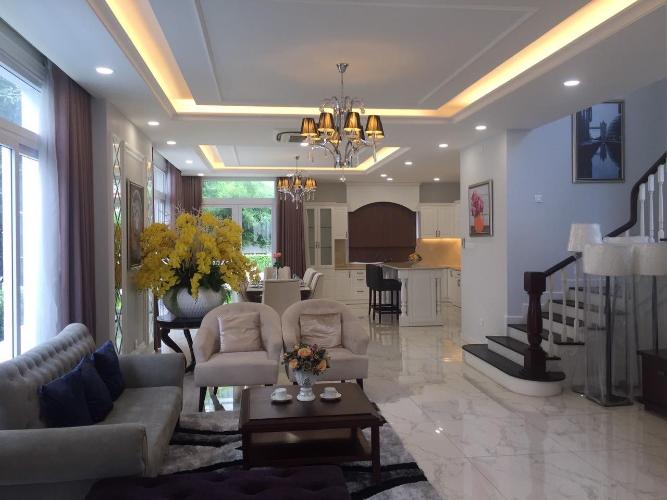 Cho thuê biệt thự 3 tầng Venica Quận 9, diện tích 266m2, 3 phòng ngủ, đầy đủ nội thất, hướng Đông Nam