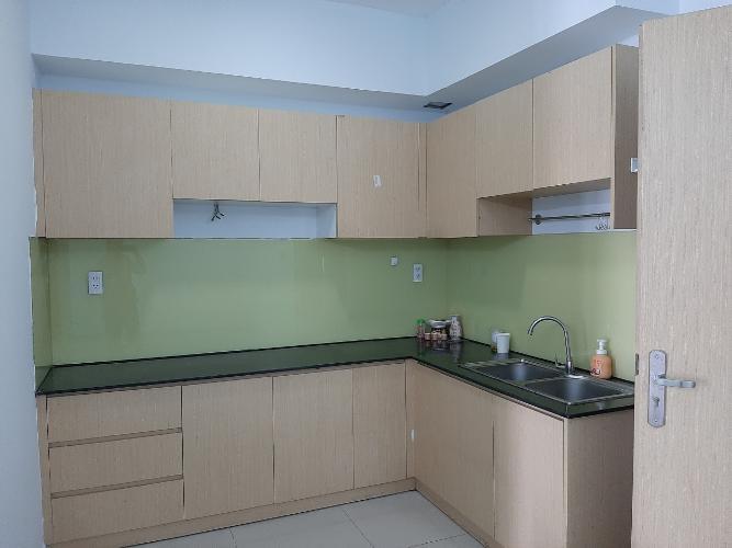 Phòng bếp căn hộ Oriental Plaza Căn hộ Oriental Plaza nội thất cơ bản, view thành phố thoáng mát.