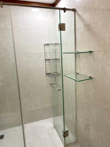 Nhà vệ sinh căn hộ Hoàng Anh Thanh Bình Căn hộ Hoàng Anh Thanh Bình tầng cao, view ngắm trọn thành phố.