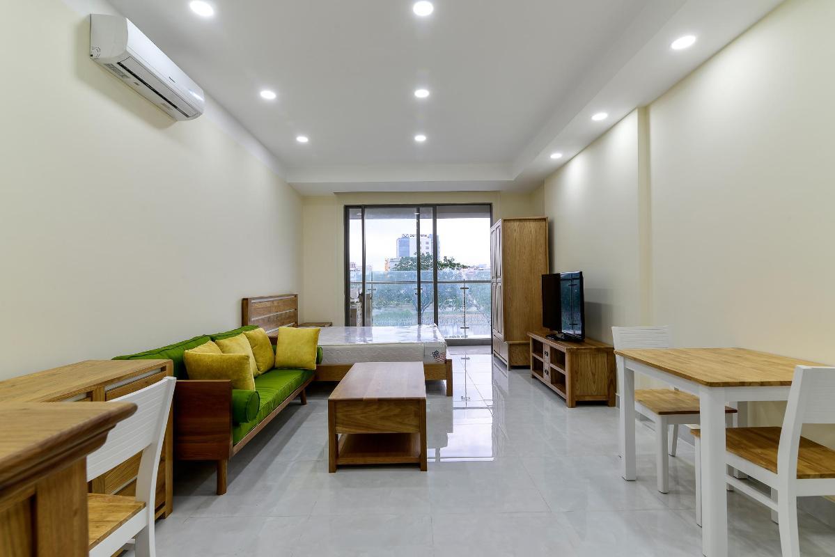 f312e960f51713494a06 Bán hoặc cho thuê officetel Masteri Millennium, tầng 2, block A, đầy đủ nội thất, view kênh Bến Nghé và Bitexco