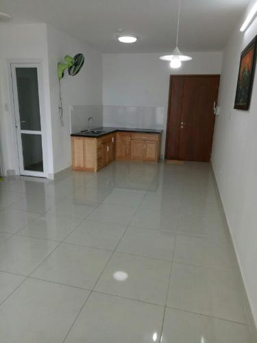 Căn hộ Tara Residence nội thất cơ bản, view hồ bơi.