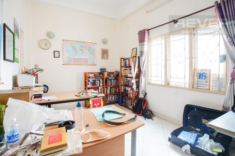 Phòng Đọc Sách Bán nhà phố 2 tầng, đường 73, phường Tân Quy Q.7, diện tích đất 135m2, đầy đủ nội thất, cách Lotte Mart 500m