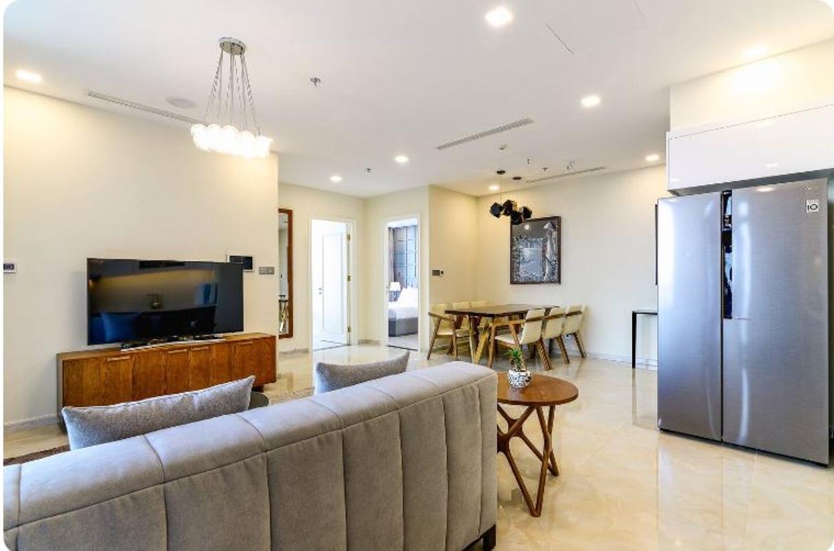 10 Bán căn hộ Vinhomes Golden River 2PN, tháp The Aqua 1, nội thất cơ bản, view sông và Landmark 81