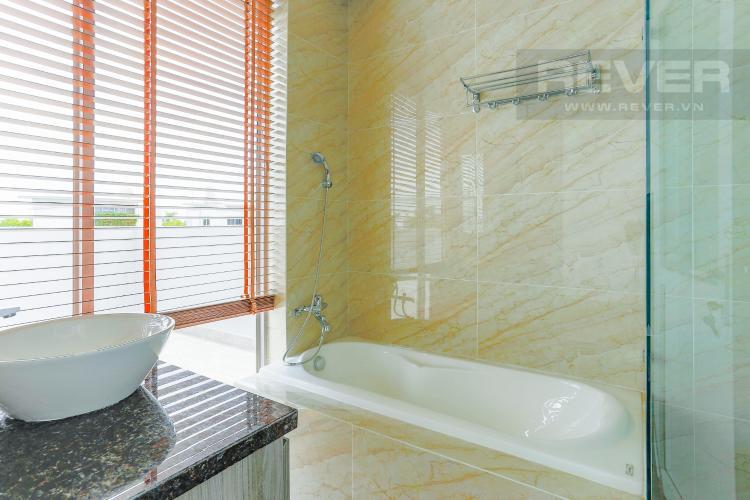 Phòng Tắm 1 Tầng 2 Biệt thự nghỉ dưỡng 5 phòng ngủ Riviera Cove Quận 9