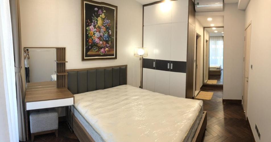 phòng ngủ lớn căn hộ Phú Mỹ Hưng Midtown Căn hộ Phú Mỹ Hưng tầng trung đầy đủ nội thất sang trọng.