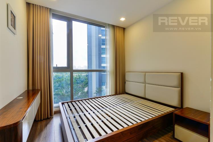 Phòng Ngủ 1 Bán căn hộ Vinhomes Central Park 3PN, diện tích 107m2, đầy đủ nội thất, view hồ bơi