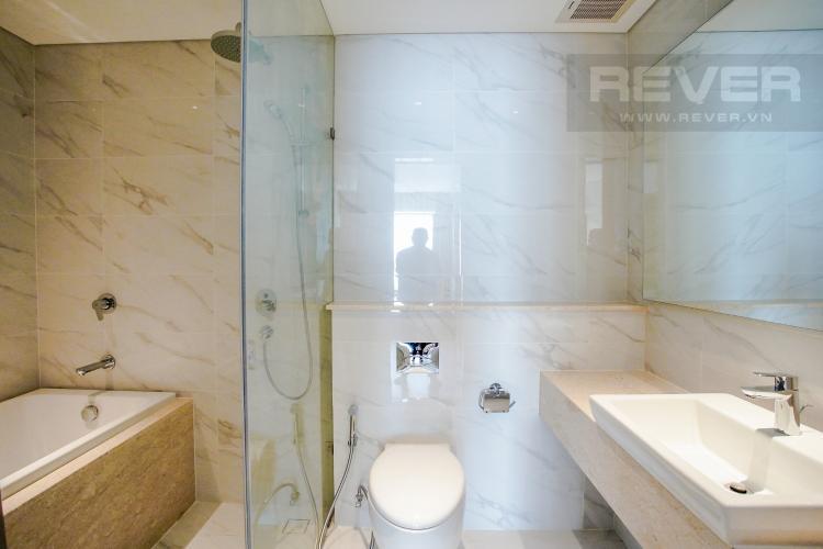 Phòng Tắm 1 Bán hoặc cho thuê căn hộ Đảo Kim Cương 3PN tầng cao tháp Maldives, đầy đủ nội thất, view sông và Bitexco