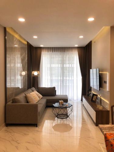 Căn hộ Phú Mỹ Hưng tầng trung đầy đủ nội thất sang trọng.