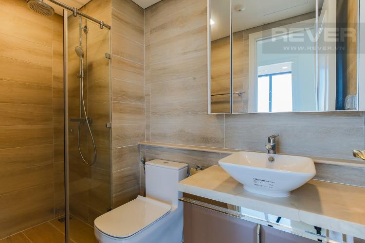 Phòng Tắm 2 Căn hộ Vinhomes Golden River tầng cao, 2PN, nội thất cơ bản