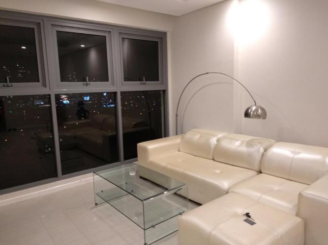 Phòng khách Diamond Island Quận 2  Căn hộ Diamond Island tầng trung, view thành phố lung linh về đêm.