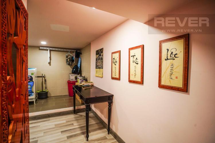 Lobyy Bán hoặc cho thuê căn hộ Lý Văn Phức Quận 1, diện tích 40m2, đầy đủ nội thất, hướng Đông Nam