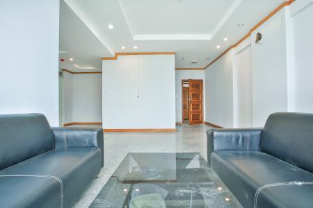 Căn góc Phú Hoàng Anh 3 phòng ngủ tầng trung tòa B2 nội thất cơ bản