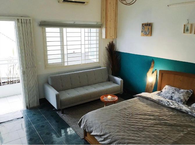 Căn hộ chung cư Lý Văn Phức tầng 3 cửa hướng Tây Bắc, view thoáng mát.