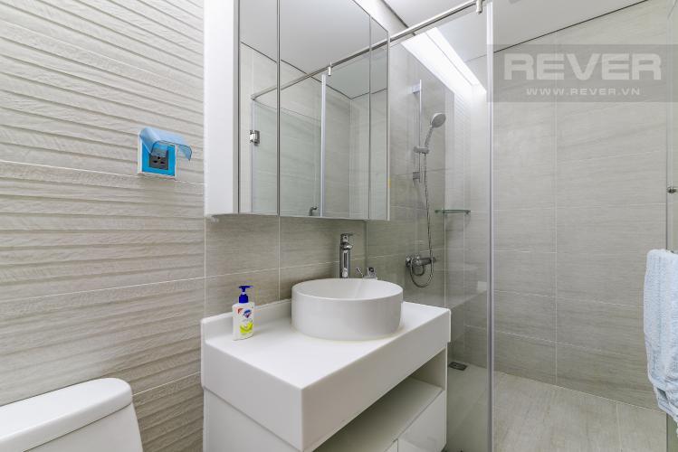 Phòng Tắm 1 Căn hộ Vinhomes Central Park 2 phòng ngủ tầng cao P4 nội thất đầy đủ