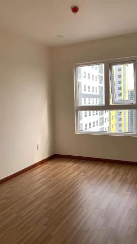 Phòng ngủ Diamond Riverside, Quận 8 Căn hộ Diamond Riverside tầng trung, bàn giao nội thất cơ bản.