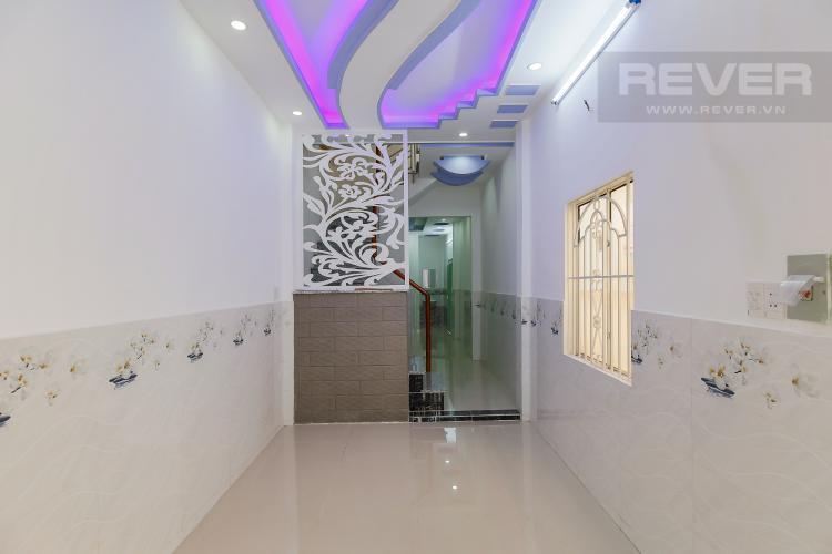 Phòng Khách Bán nhà phố đường Đoàn Văn Bơ Quận 4, 2PN, sổ hồng chính chủ