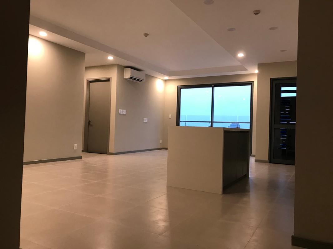 3 Bán căn hộ The Gold View 3PN, tầng trung, diện tích 116m2, nội thất cơ bản, view kênh Bến Nghé và Quận 1