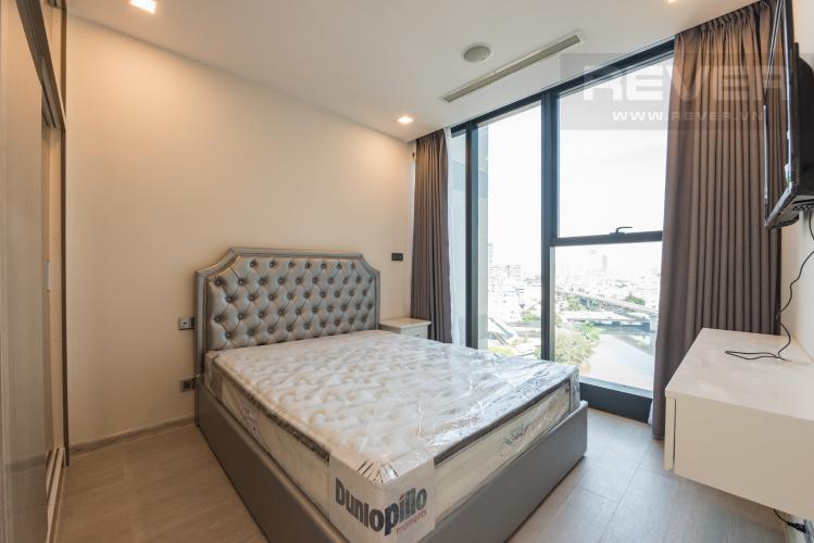 Phòng ngủ Căn hộ Vinhomes Golden River tầng trung, 1PN đầy đủ nội thất, tiện ích đa dạng