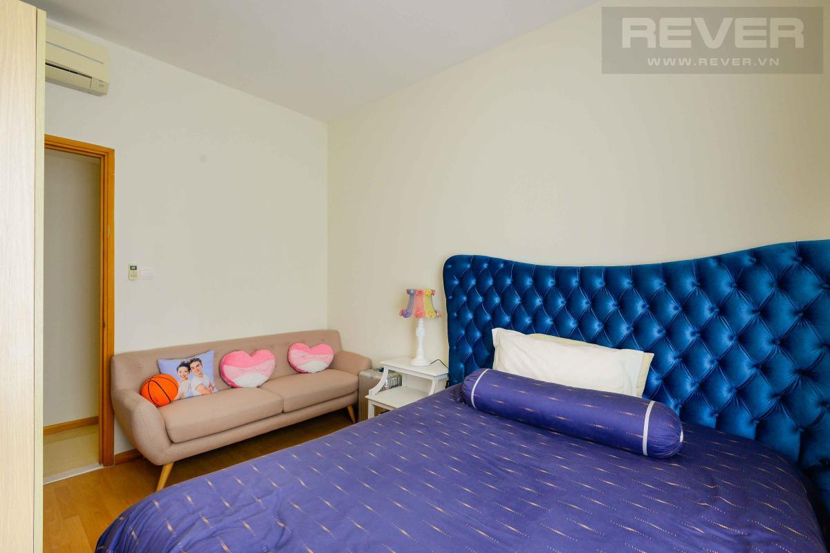 bedroom3 Bán hoặc cho thuê căn hộ Saigon Pearl 3PN, tầng cao, tháp Sapphire 1, đầy đủ nội thất, view sông và thành phố