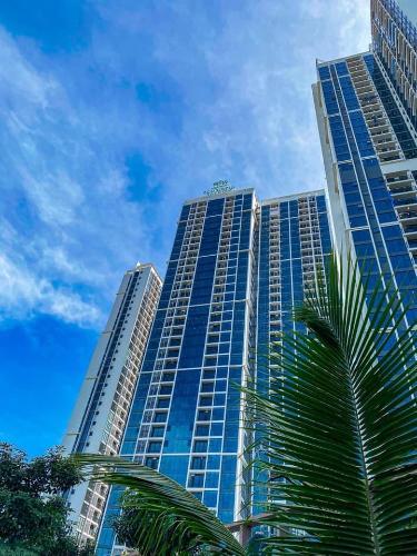 Căn hộ Eco Green Saigon , Quận 7 Căn hộ Eco Green Saigon tầng 15 ban công hướng Đông Nam, nội thất đầy đủ.