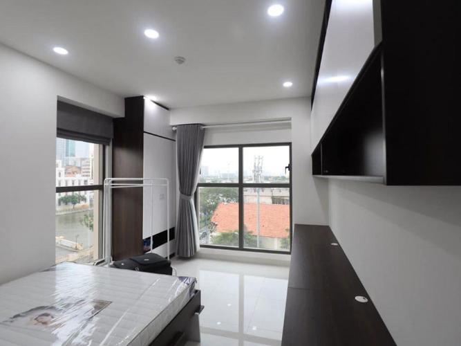 Phòng ngủ Saigon Royal Residences Office-tel Saigon Royal tầng 04 ban công Đông Bắc, đầy đủ nội thất