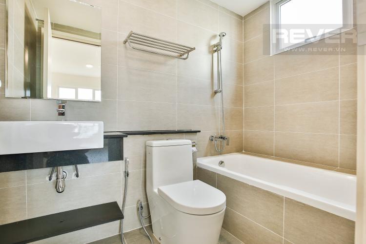 Toilet 2 Căn góc The Krista 3 phòng ngủ, nội thất cơ bản, lầu cao, view về Quận 2