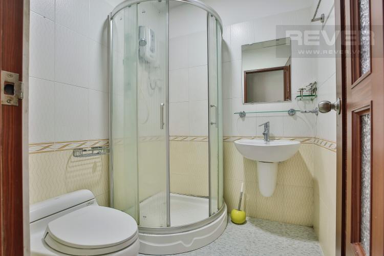 Toilet 1 Căn hộ Orient Apartment 3 phòng ngủ tầng thấp A3 đầy đủ nội thất