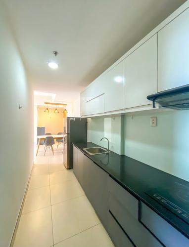 bếp căn hộ Masteri Thảo Điền Căn hộ Masteri Thảo Điền view thành phố và sông, đầy đủ nội thất.