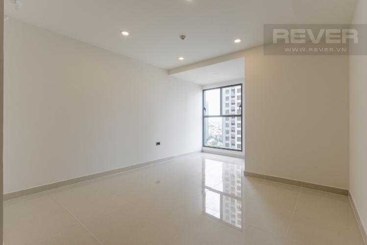 Officetel Saigon Royal tầng thấp, nội thất cơ bản tiện nghi.