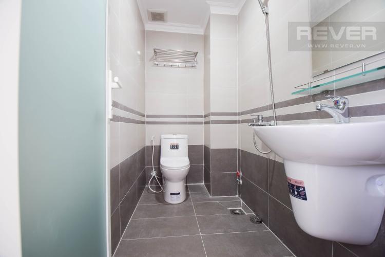 Toilet Nhà phố 1 phòng ngủ đường Cao Đức Lân không có nội thất