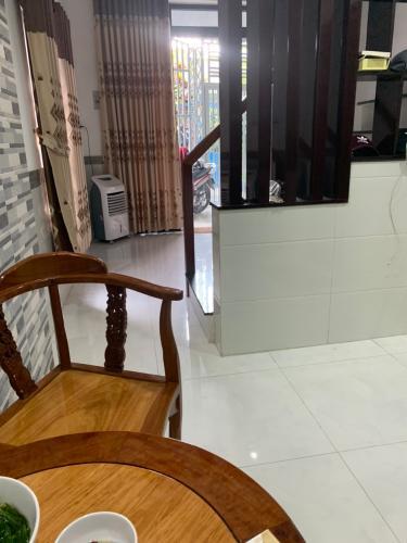 Phòng ăn nhà phố Quang Trung, Gò Vấp Nhà phố hướng Tây, diện tích 33.8m2, đầy đủ nội thất tiện nghi.