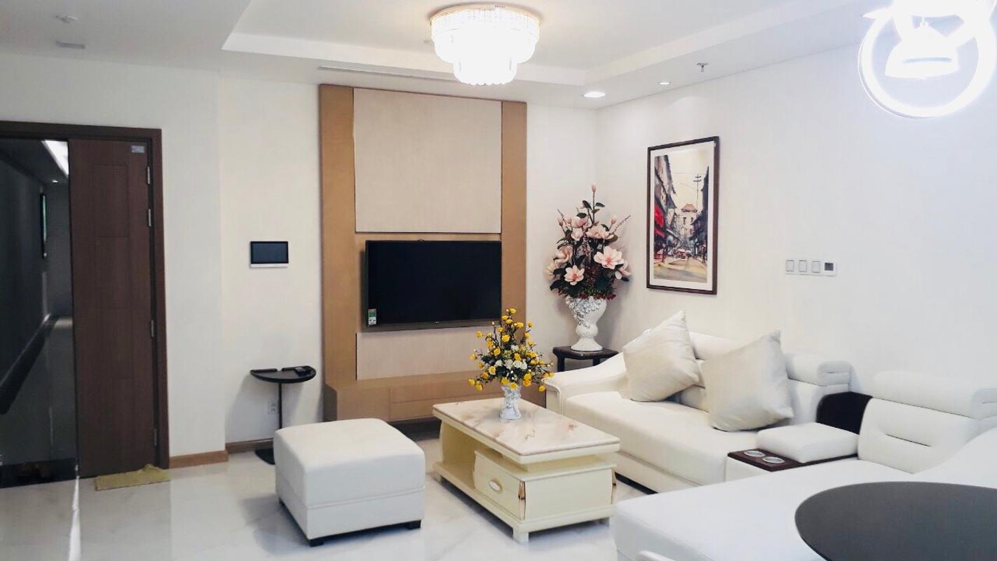 8e2c1ac58d266b783237 Bán hoặc cho thuê căn hộ Vinhomes Central Park 1PN, tháp Landmark 81, đầy đủ nội thất, hướng ban công Đông Nam