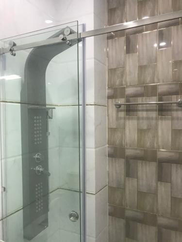 Phòng tắm nhà phố Quận Gò Vấp Nhà phố diện tích đất 62.9m2, hướng Đông Nam, sổ hồng riêng