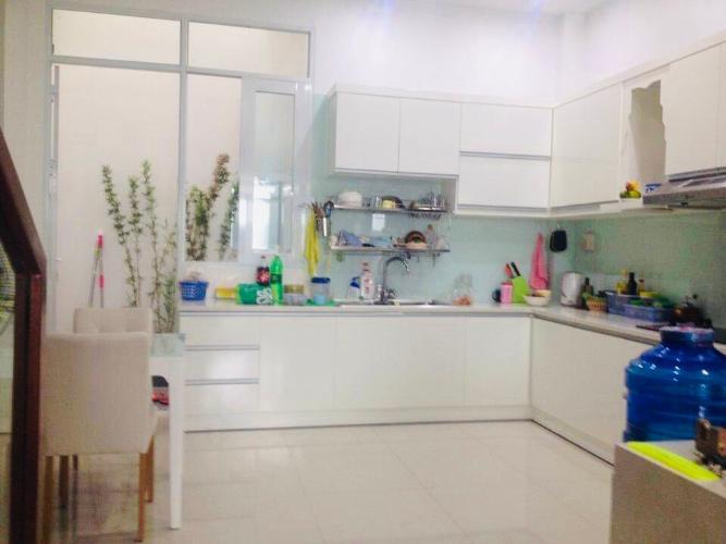 Phòng bếp nhà phố đường Đỗ Thừa Luông, Tân Phú Nhà phố hướng Đông hẻm xe hơi, nội thất đầy đủ có sổ hổng riêng.