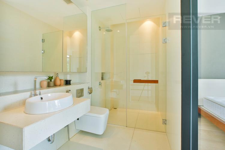 Toilet 1 Biệt thự Khu Lucasta Villa, đường Liên Phương, Quận 9