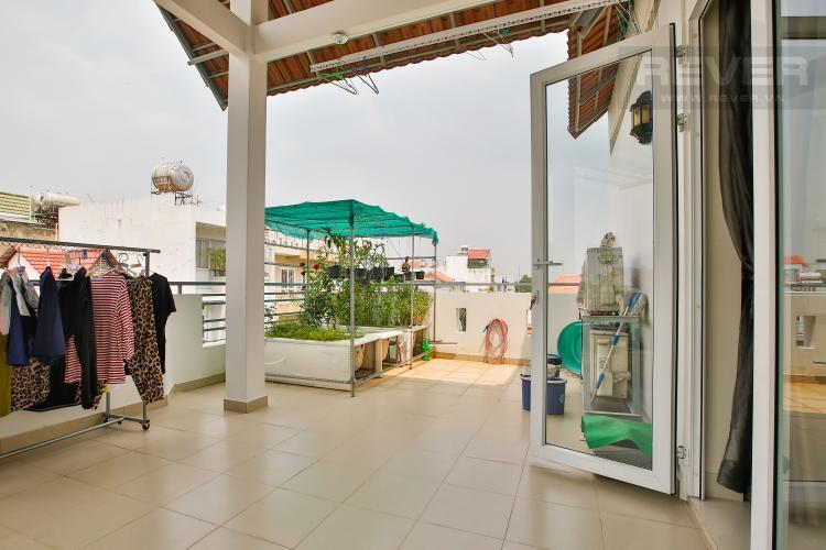 Sân Thượng Bán nhà phố Thảo Điền, Quận 2 chính chủ, diện tích rộng