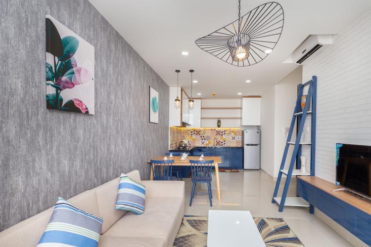 Phòng khách căn hộ The Sun Avenue Căn hộ The Sun Avenue tầng trung, view thành phố nhộn nhịp.
