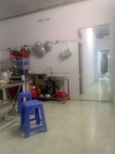 Phòng khách nhà phố quận 9 Nhà phố quận 9, diện tích 4x22m, cách Đỗ Xuân Hợp 90m.