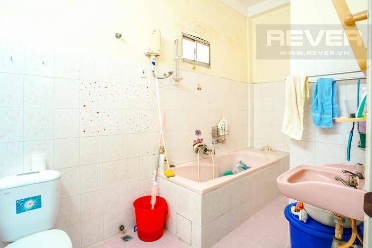 Phòng Tắm 1 Tầng 1 Bán nhà phố 4PN, 3 tầng, đường nội bộ Xô Viết Nghệ Tĩnh, sổ hồng chính chủ