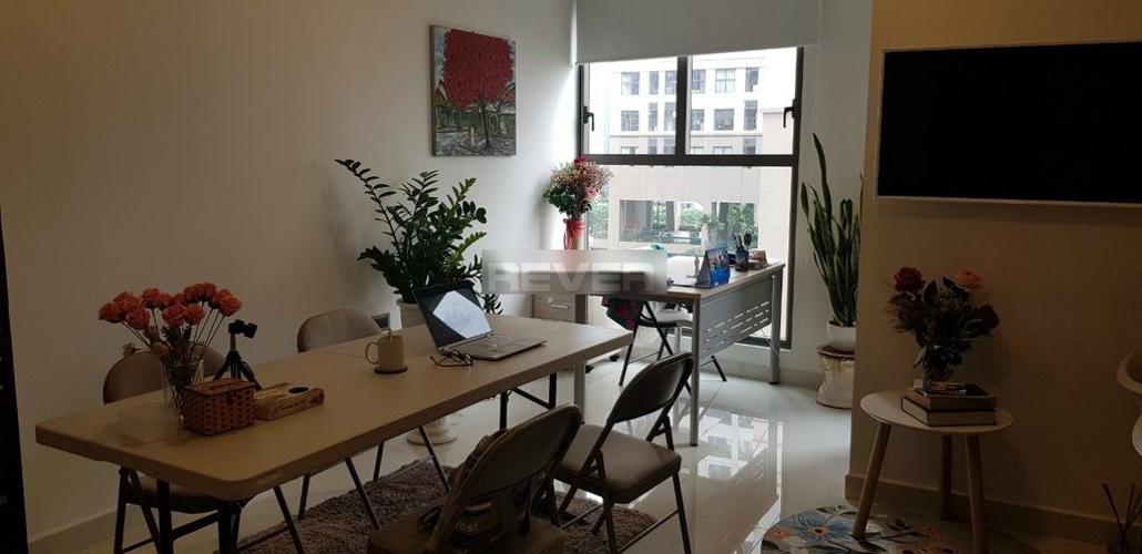 Bàn làm việc Officetel Saigon Royal, Quận 4 Officetel Saigon Royal hướng Đông Nam nội thất cơ bản, view nội khu.