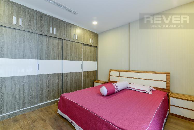 Phòng ngủ 1 Căn hộ Vinhomes Central Park tầng cao P5, view sông với 3 phòng ngủ