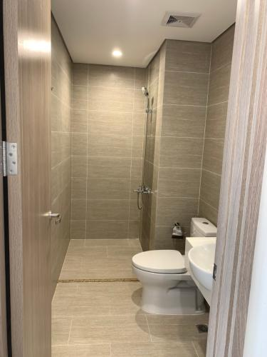 Toilet Vinhomes Grand Park Quận 9 Căn hộ Vinhomes Grand Park bàn giao không nội thất, tầng cao.