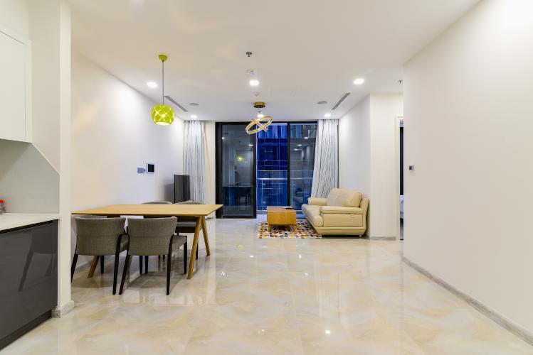 Bán căn hộ Vinhomes Golden River tầng cao, 2PN, đầy đủ nội thất