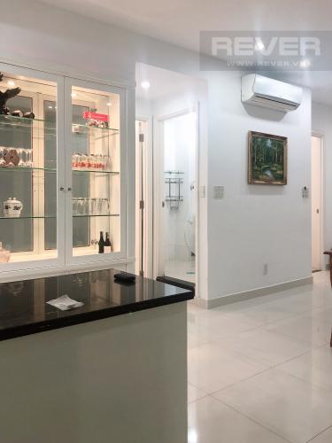 Bếp Bán hoặc cho thuê căn hộ Sky Garden 2PN, tầng thấp, tháp Sky Garden 3, đầy đủ nội thất