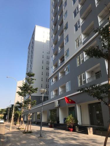 Chung cư Starlight Riverside, Quận 6 Căn hộ tầng 12 Starlight Riverside nội thất cơ bản, view thành phố.