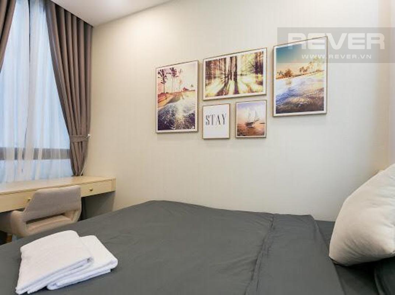 8b2e899a53c7b599ecd6 Cho thuê căn hộ Vinhomes Golden River 2PN, tầng cao, tháp The Aqua 2, đầy đủ nội thất, view sông và tháp Landmark 81