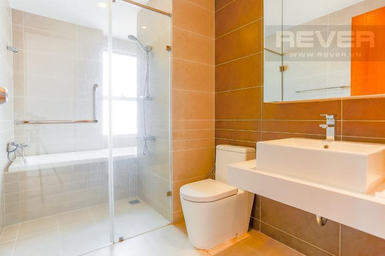 Phòng Tắm 1 Căn hộ Sunrise City tầng thấp W3 thiết kế 2 phòng ngủ thông thoáng