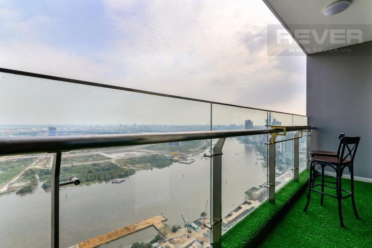 View Balcony Căn hộ Vinhomes Golden River tầng cao, 3 phòng ngủ, nội thất đầy đủ
